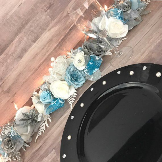 Christmas Table Runner, Holiday Table Decor, Paper Flower Garland, Holiday Decor, White and Blue Decor, Xmas Table Decor #paperflowergarlands