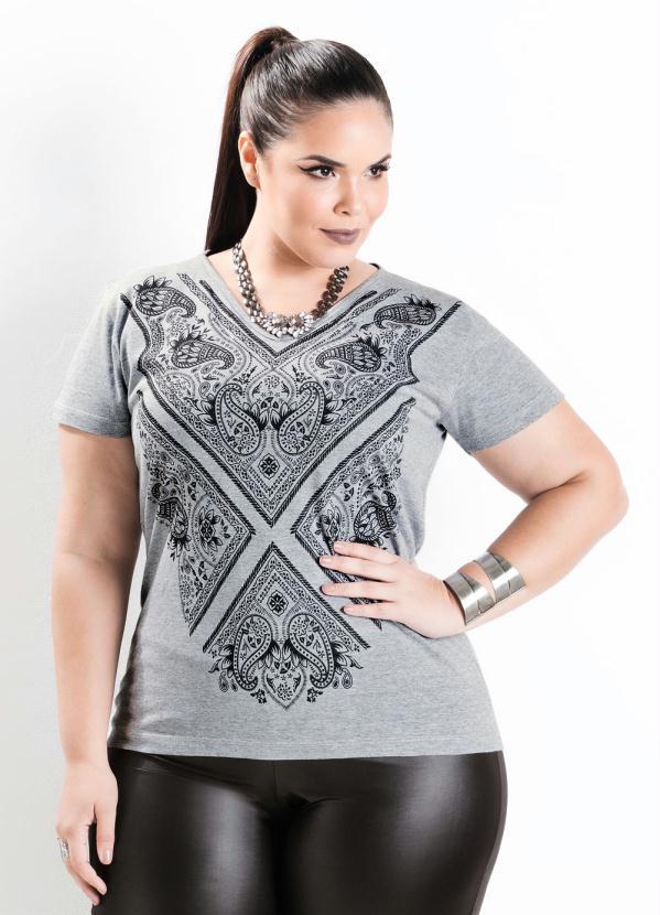 e2dadcc4dd T-Shirt com Decote V Mescla Plus Size