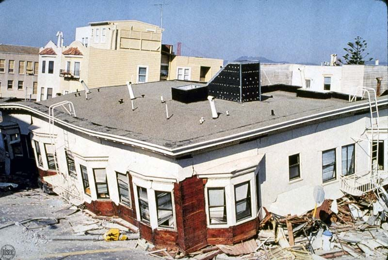 This 1989 Photograph Taken In San Francisco S Marina District Shows A Soft Story Apartment Building Severely Damaged By The Loma Prieta Earthquake