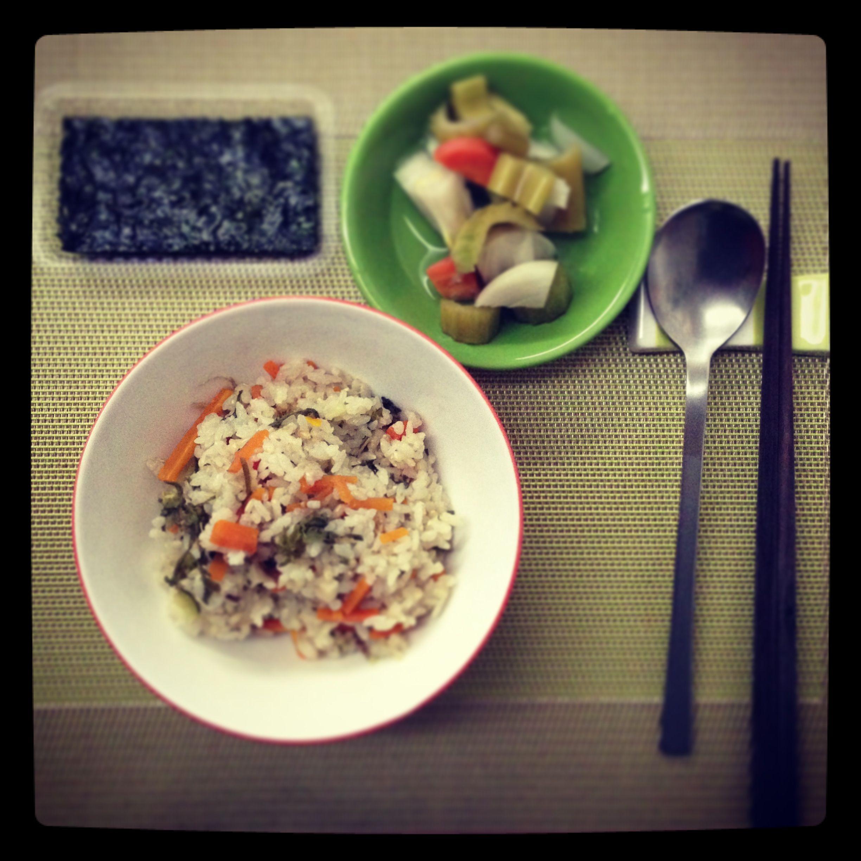 냉이밥 Steamed rice with Shepherd's purse & vegies