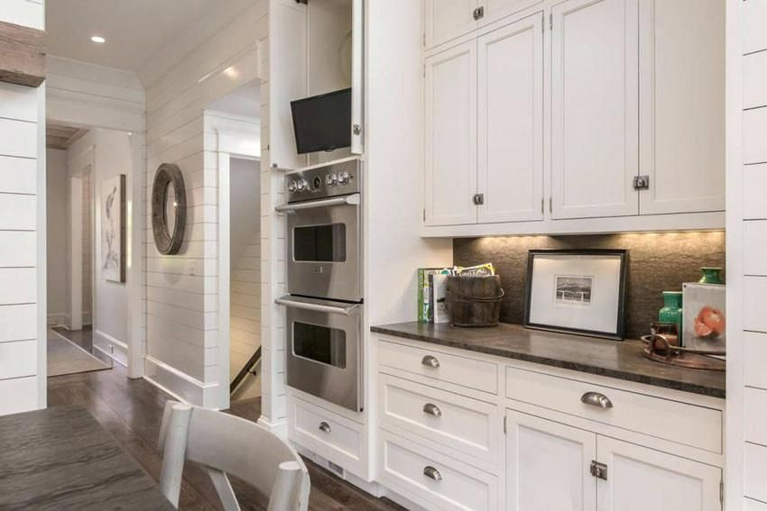 15 Ideas For One Wall Kitchen Images One Wall Kitchen Kitchen Remodel Layout Kitchen Cabinet Layout
