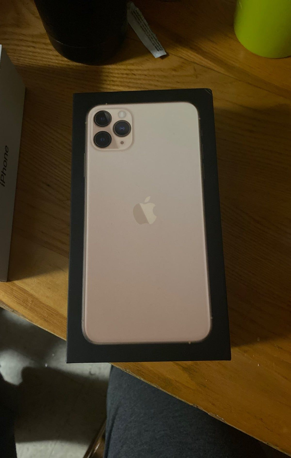 Iphone 11 Pro Max Box In 2020 Phone Case Diy Paint Iphone 11 Apple Store Gift Card