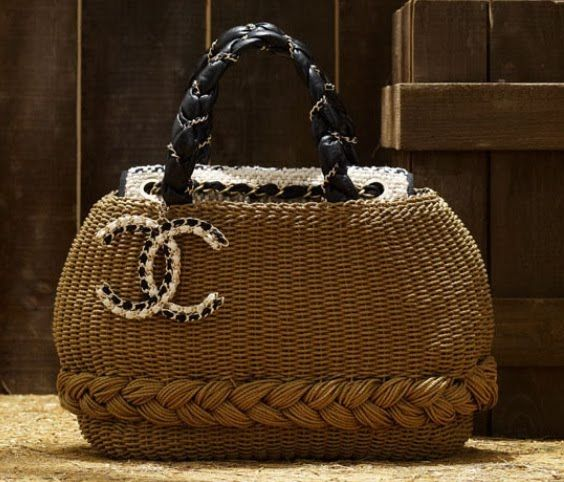 coco chanel straw bag do my hair and color me beautiful. Black Bedroom Furniture Sets. Home Design Ideas