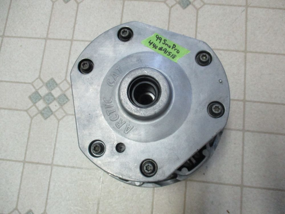 99 Arctic Cat Sno Pro 440 Snowmobile Primary Engine Clutch 98 00 01 500 600