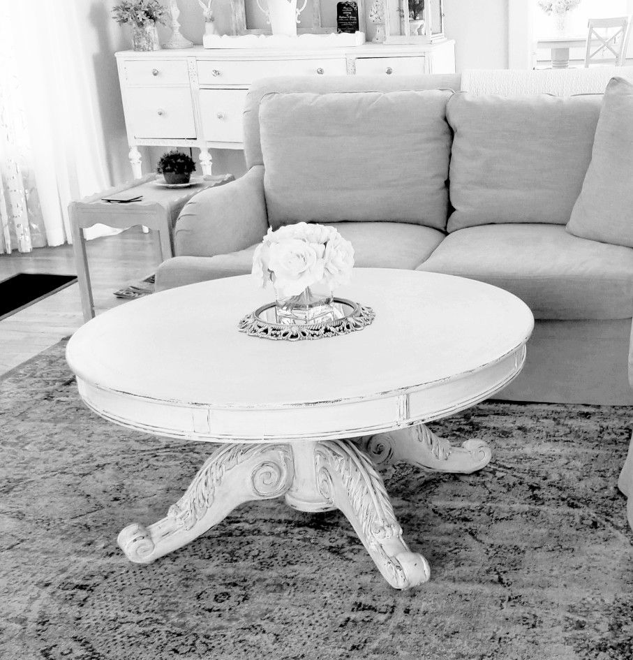 Round Coffee Table Chalk Painted Shabby Chic Coffee Table Shabby Chic Round Dining Table Coffee Table Centerpieces [ 945 x 907 Pixel ]