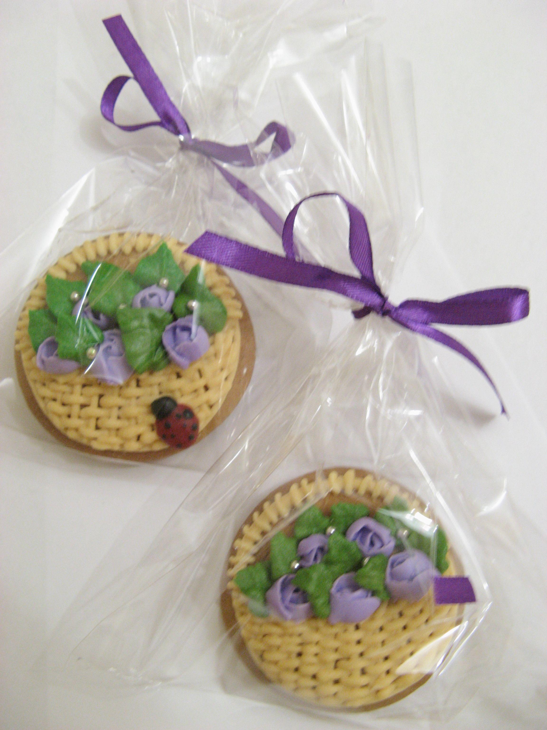 пряничные корзиночки с розочками
