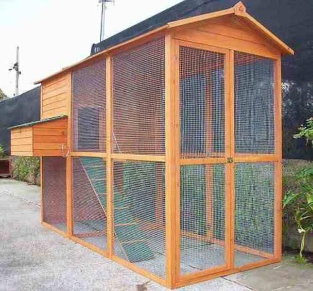 NEW Four Seasons Walk In Chicken Coop & Run DIRECT TO