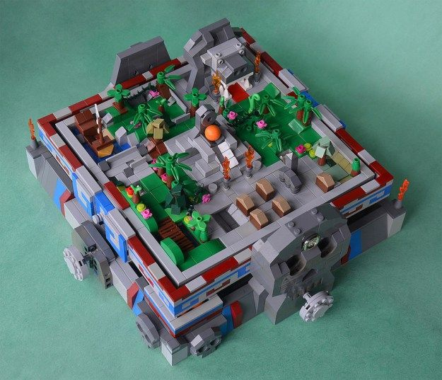 Can you escape the Aztec maze? http://www.brothers-brick.com/2016/05 ...