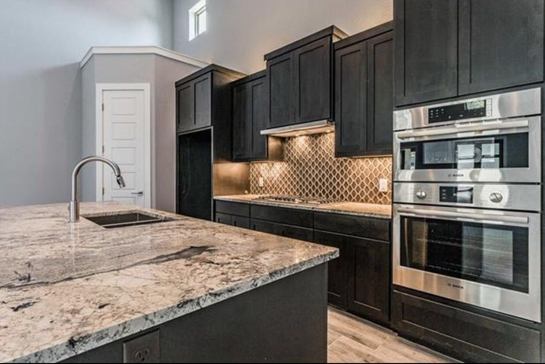 Image Result For Dark Cabinets With Light Floors Marble Countertops Dark Cabinets Cabinets And Countertops Floor Lights