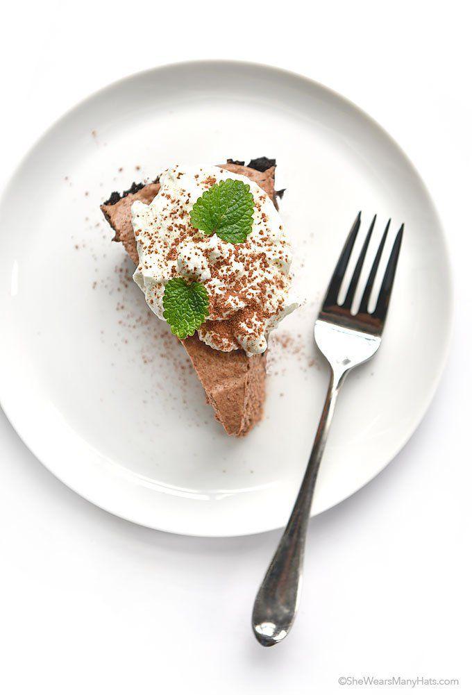 "<p><a href=""http://www.texanerin.com/mini-irish-cream-cheesecakes""…"