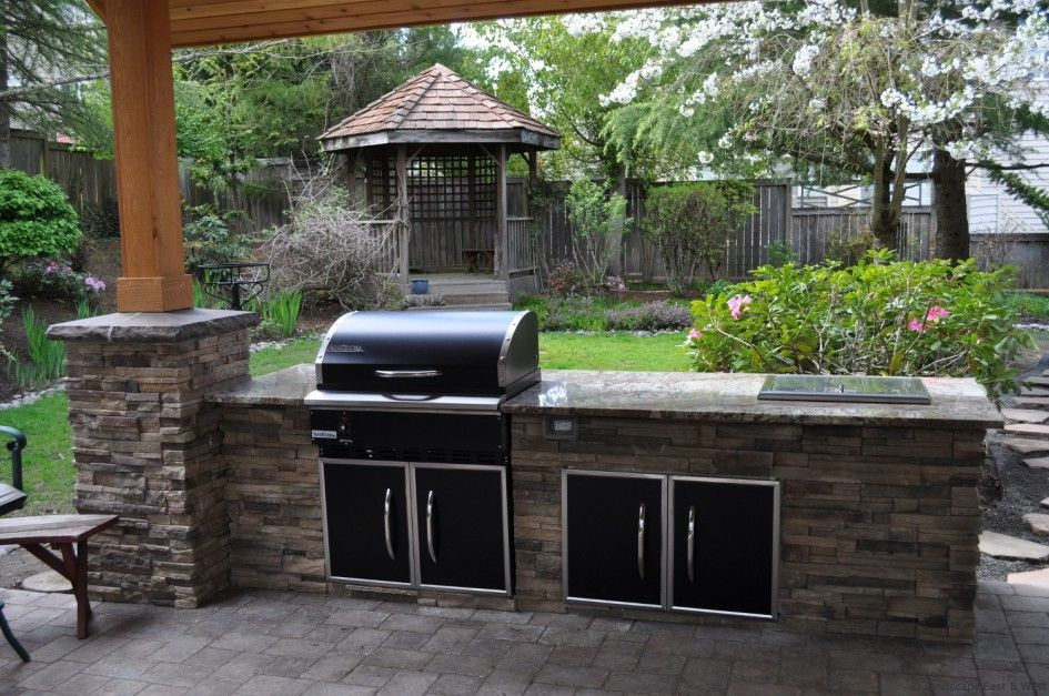 Impressive Outdoor Kitchen Bbq Island Plans With Gray Granite Kitchen Countertops And Black Metal Cabinet Doors With Stainless Steel Frame Also Rustic ... & Impressive Outdoor Kitchen Bbq Island Plans With Gray Granite ...
