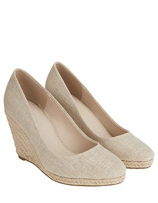 d9a310b74e10 The classic court shoe gets a warm-weather spin with our Fleur ...