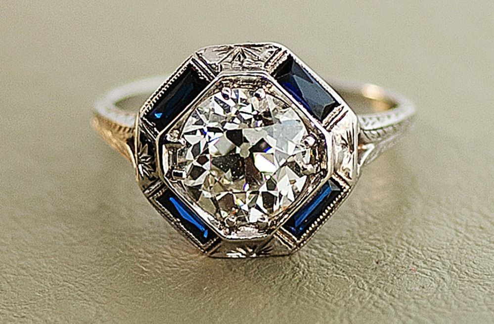 1920s Antique Engagement Ring With