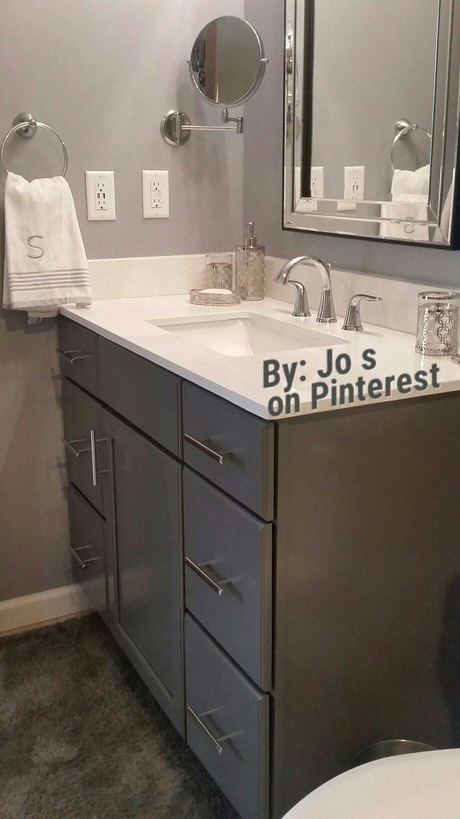 Kraftmaid Bathroom Vanity In Greyloft Cabinets U S Marble Vanity