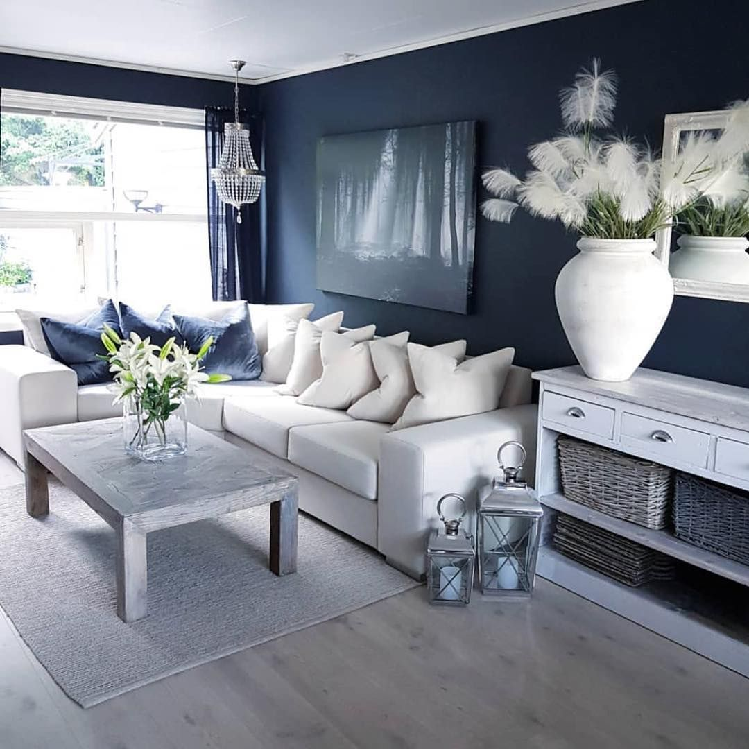 Interiorby Cecilie Blue And White Living Room Big Living Rooms Living Room Inspiration