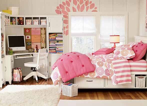 Gentil Interior, Trendy Curvy White Computer Desk In Nice Teen Room Ideas With  Gorgeous Bedding Sets And Pink Wall Art ~ Beautiful Teen Girl Room Interior  Design ...