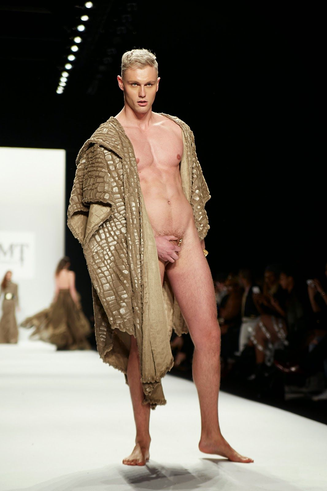 fashio show male Naked