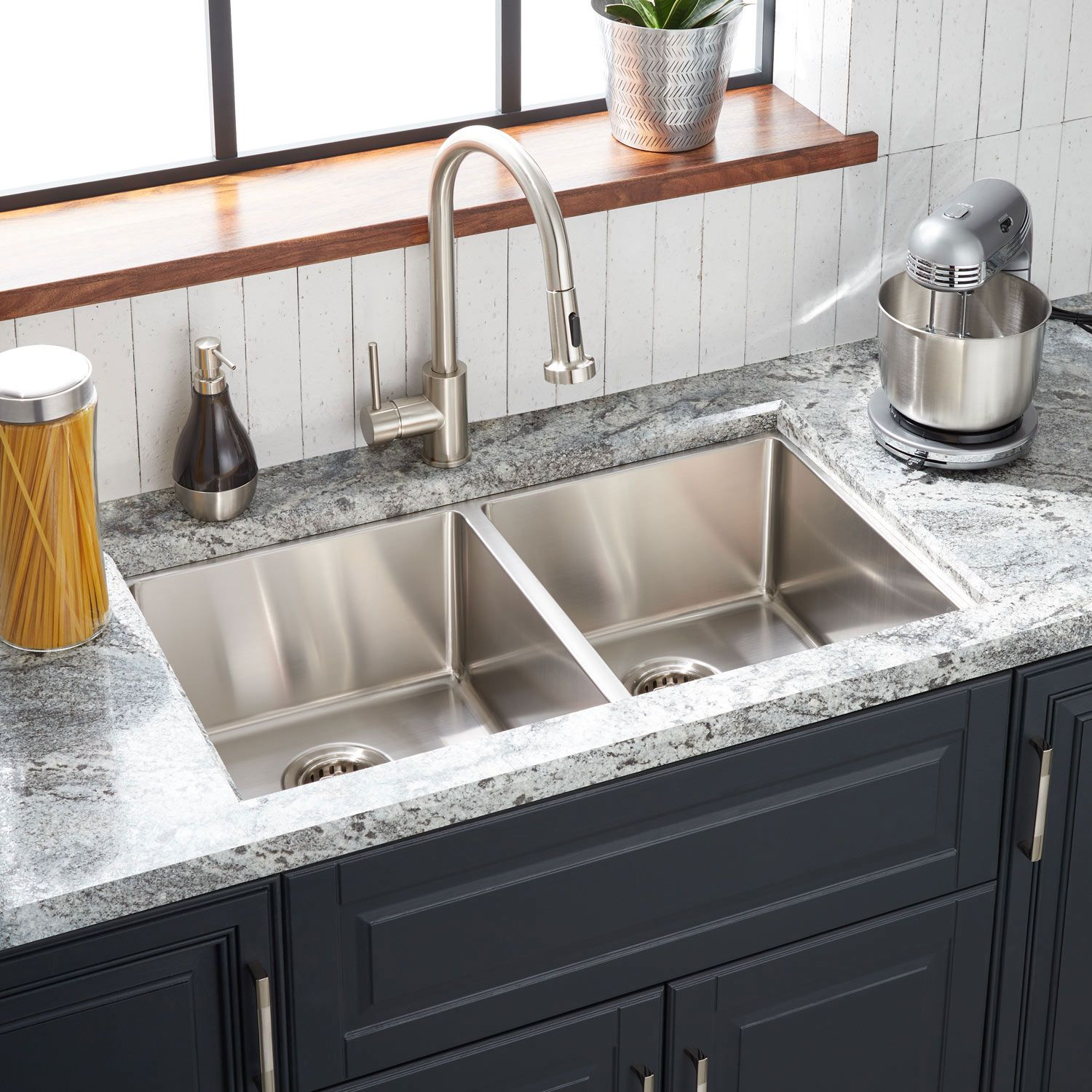 33 Ortega Double Bowl Stainless Steel Undermount Sink In Single