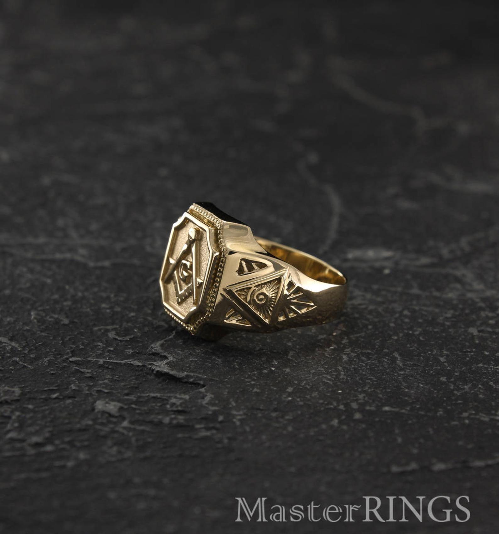 Anillo De Sello Masónico Anillo De Sello Masónico Grande Etsy Rings For Men Signet Ring Masonic Gifts