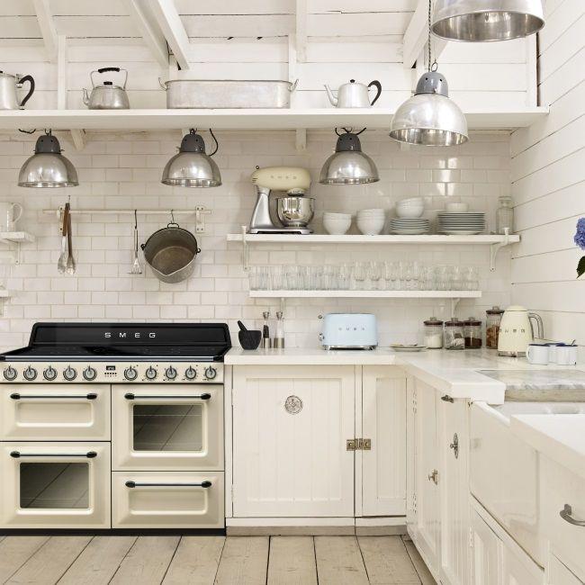 Helle Kuche Mit Victoria Kochzentrum Tr4110 Wasserkocher Toaster