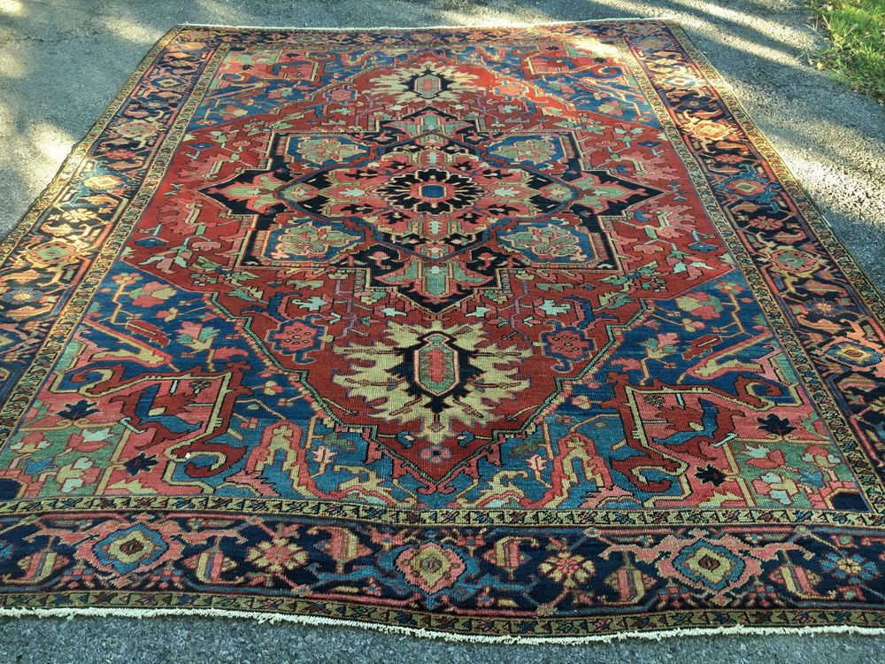 Antique Hand Woven Persian Serapi Rug 10x12ft From C 1900 Serapi Rug Rugs Antiques