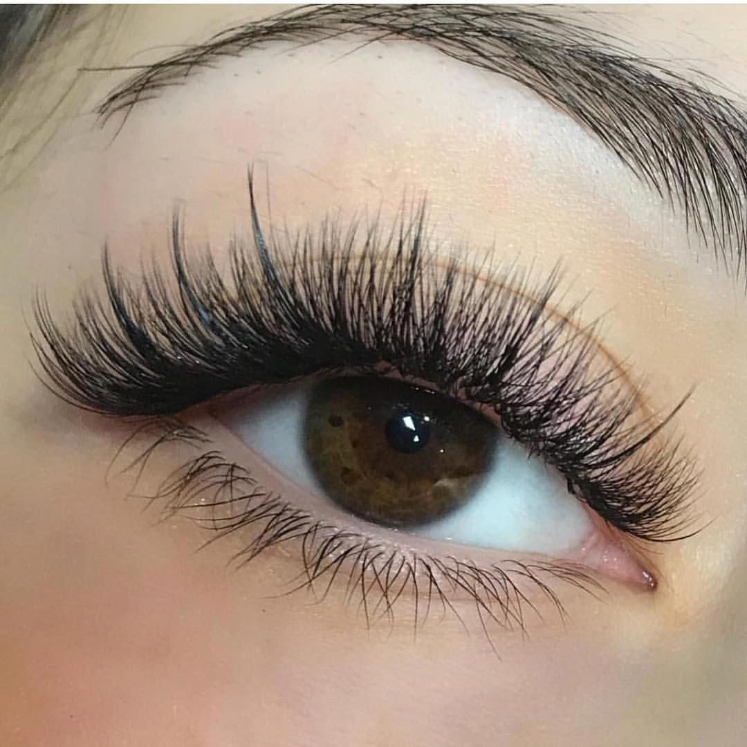 Natural Looking Lash Extensions