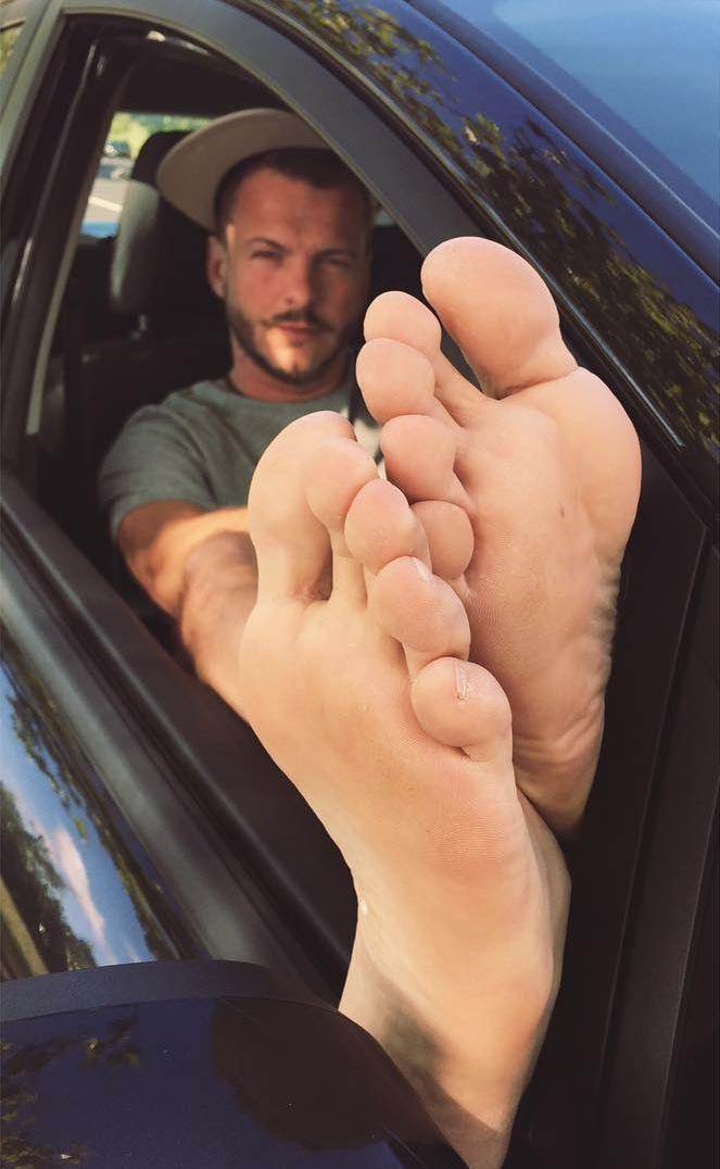 hot latin feet