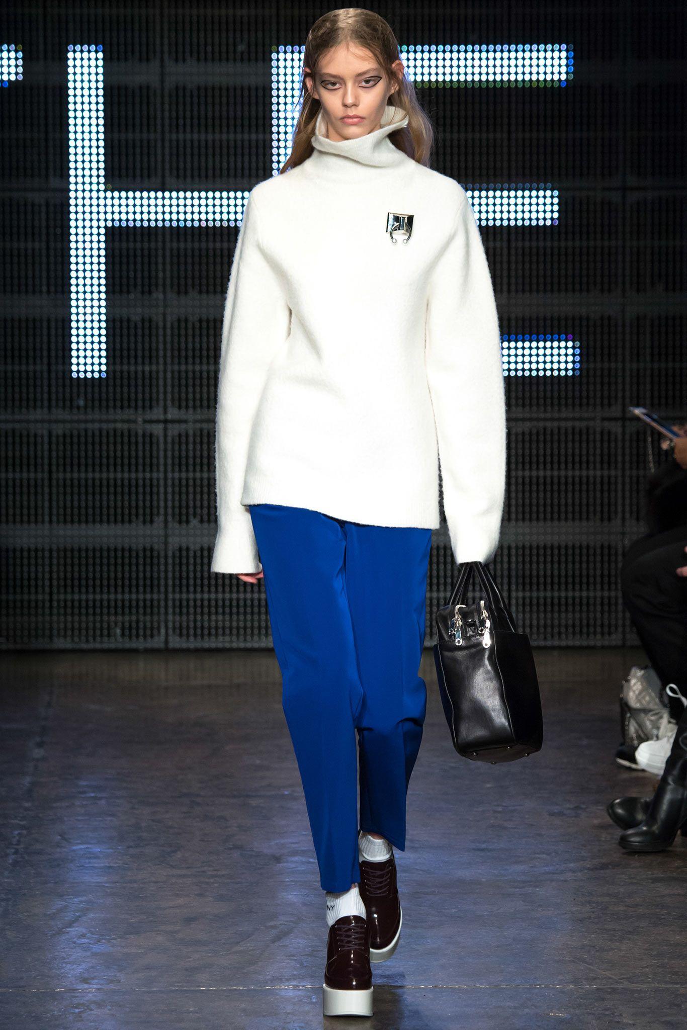 DKNY - Fall 2015 Ready-to-Wear - Look 2 of 40