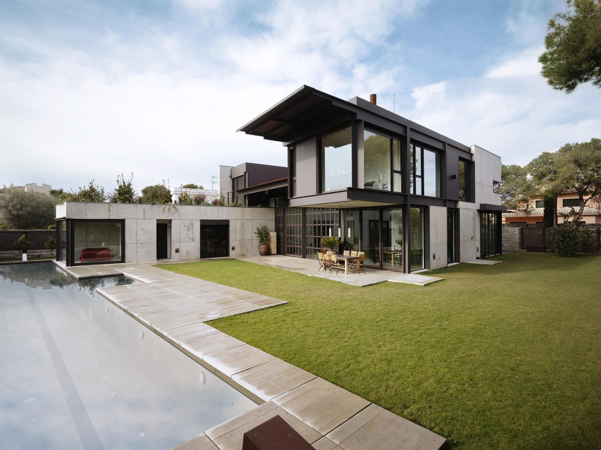 Tom Kundig Of Seattle Based Olson Architects Designed Studio Sitges As The Home And Workplace A Photographer His Family In Coastal Town
