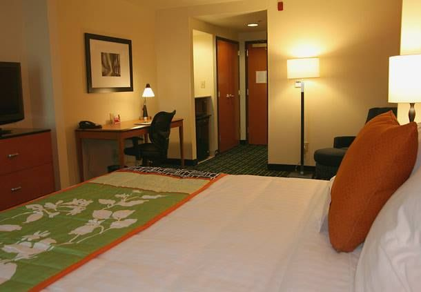 Hotels In Aurora Co Take Pleasure With Fairfield Inn Suites Denver