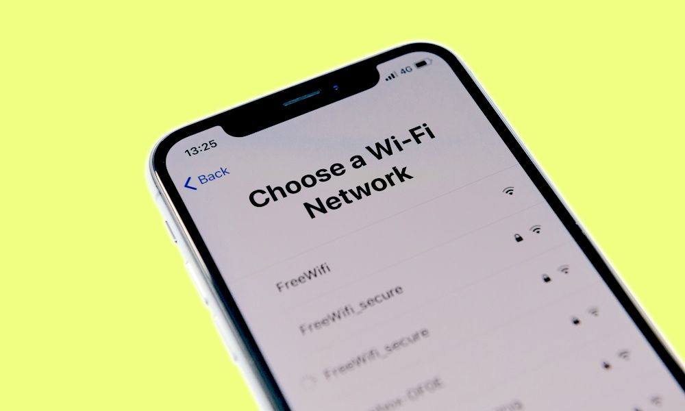 how to connect wifi without password on iphone
