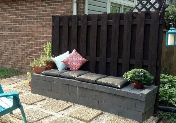 15 genius ways to use cinder blocks in your garden is part of garden Decking Cinder Blocks - Cinder blocks are basically the new mason jar!