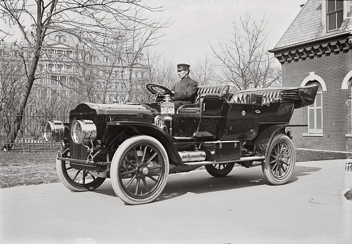 THE PRESIDENT\'S 40-horsepower White Model M steam-powered touring ...