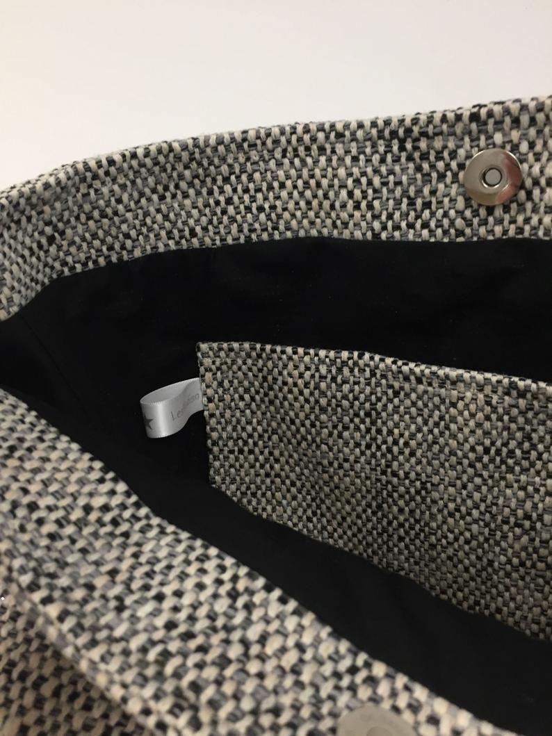 Bolso bandolera, lona, cuero marrón / Bolso shopper, tejido negro mate mate, usado en el hombro de cuero / Bolso de cuero, estilo de ropa deportiva