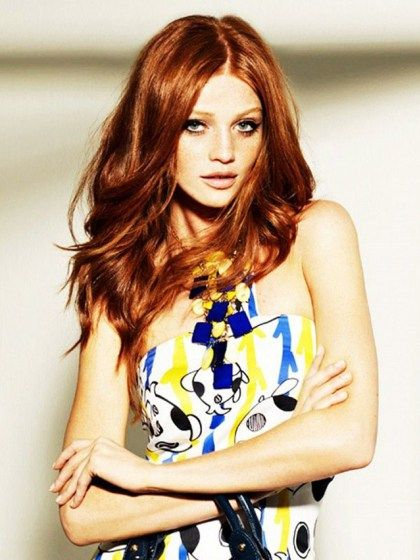 Cheveux : des idées de coupes pour la rentrée | Coupe cheveux mi long roux, Coiffures pour ...