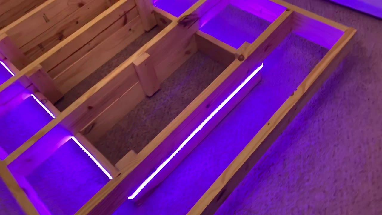 إطار سرير عائم Diy مع أضواء Led In 2020 Floating Bed Frame