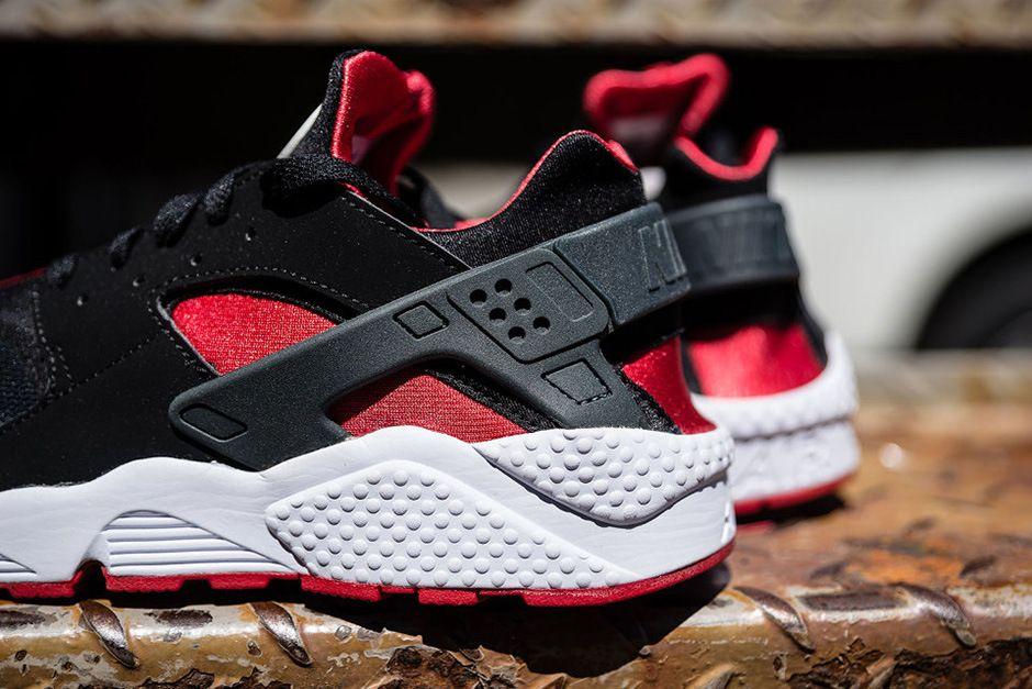 Nike Air Huarache Black/University Red | Nike air huarache black ...