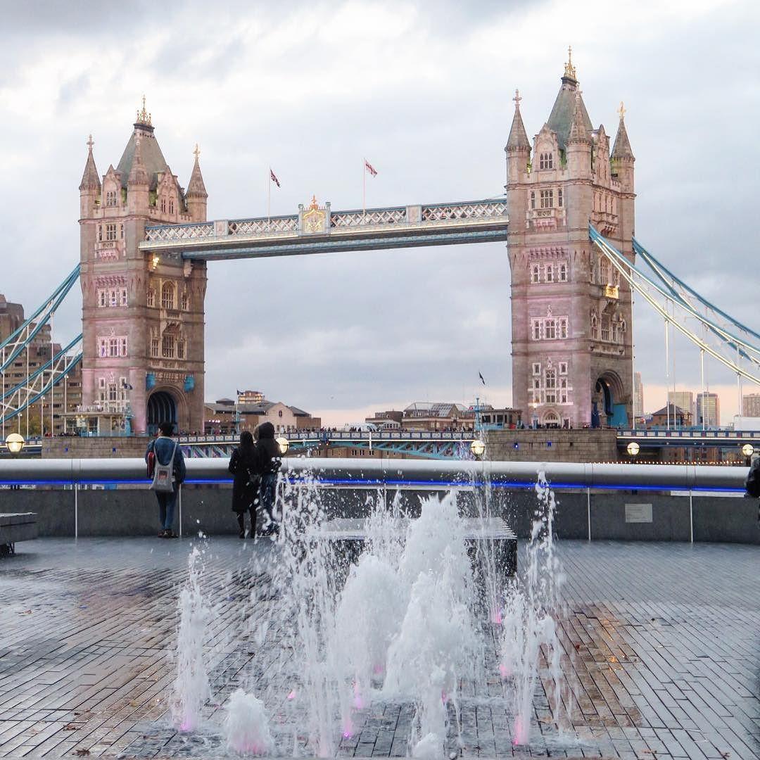 صباح الخير من بي بي سي هنا لندن صباح الخير لندن بي بي سي Goodmorning London Bbcsnapshot Instagram Instagram Posts Tower Bridge