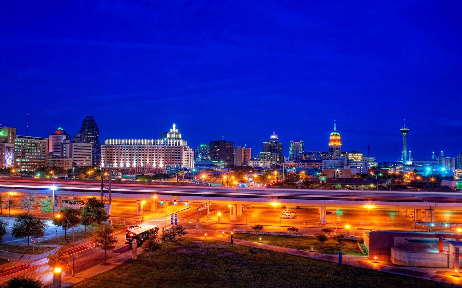 San Antonio City San Antonio Texas Night City Lights Wallpapers San Antonio City Cheap Hotels Places Around The World