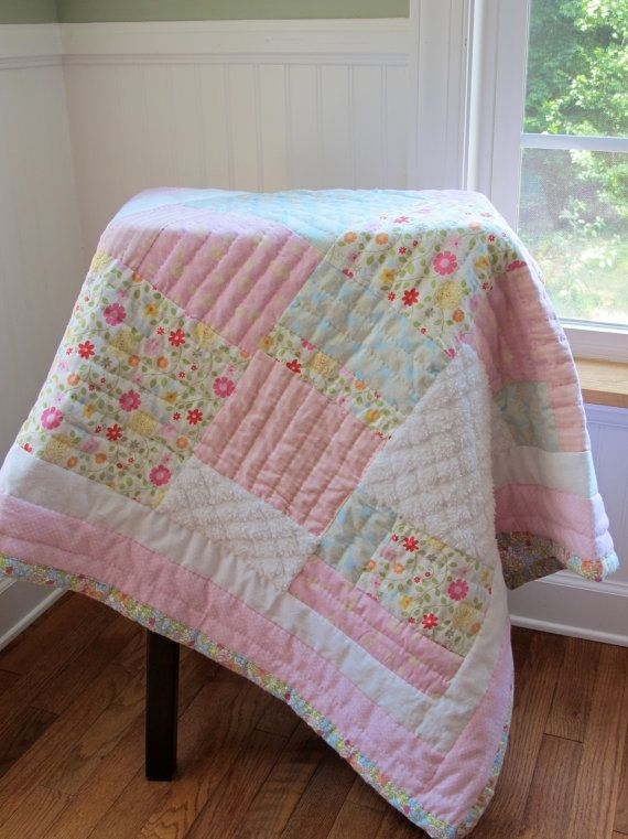 hand quilted shabby chic baby quilt and matching burp cloths baby rh pinterest com  shabby chic baby rag quilt