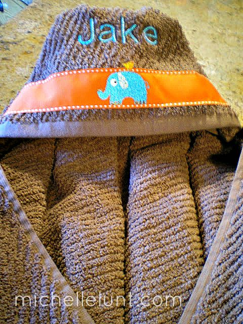 Honey I'm Home: A Gift for Jake - Hooded Baby Towels