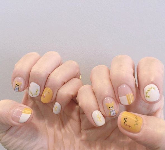 44 Eye Catching Minimalist Nail Art Ideas For Summer 2019 Summer Nails Korean Nail Art Nail Trend 2019 Korean Nail Art Minimalist Nails Minimalist Nail Art