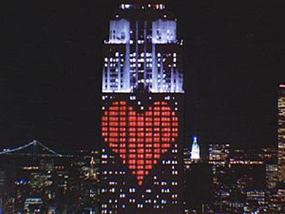 What Is Projected On Empire State Building Valentine S Day