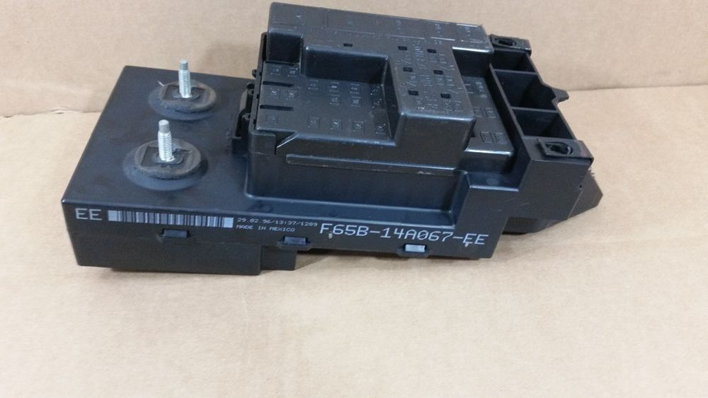 1997 1998 ford f150 under dash fuse relay box oem f65b 14a067 ee 1997 Mustang Under Dash Fuse Box 1997 1998 ford f150 under dash fuse relay box oem f65b 14a067 ee 1997 Ford Mustang Fuse Box