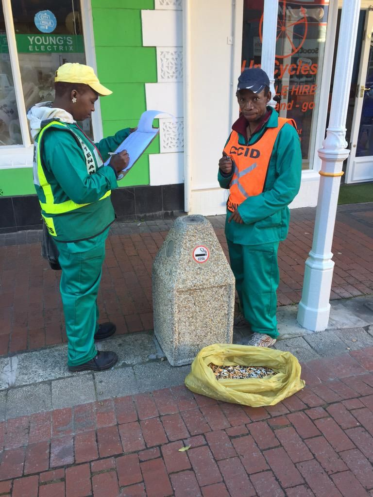 Cigarette butt busters! Thanks @CapeTownCCID @CityofCT for helping us keep Waterkant Street stompie free.