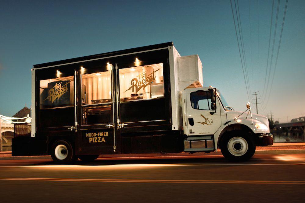 8 Ingenious Food Truck Designs Pizza food truck, Food