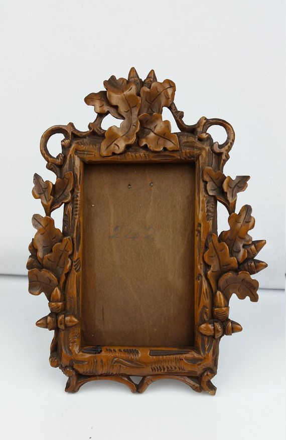 Black Forest Ware Antique Wooden Carved Oak Leaf Photograph Frame
