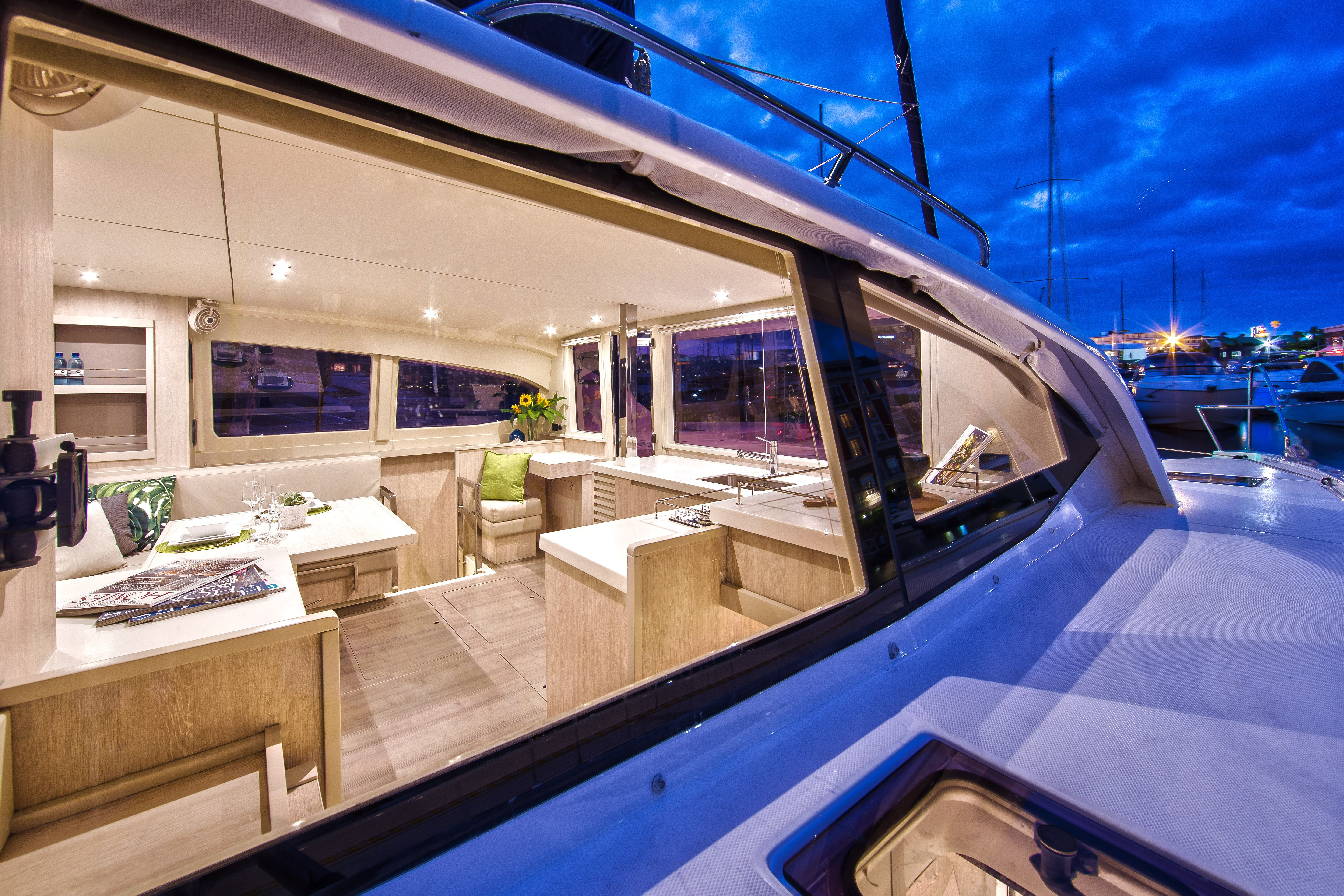 Sunsail 444 for sale - Looking Inside The Roomy Interior Of The Sunsail 404 Available To Charter Across The Caribbean