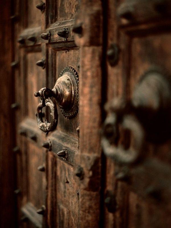 Pin On Doors Knobs Knockers Windows