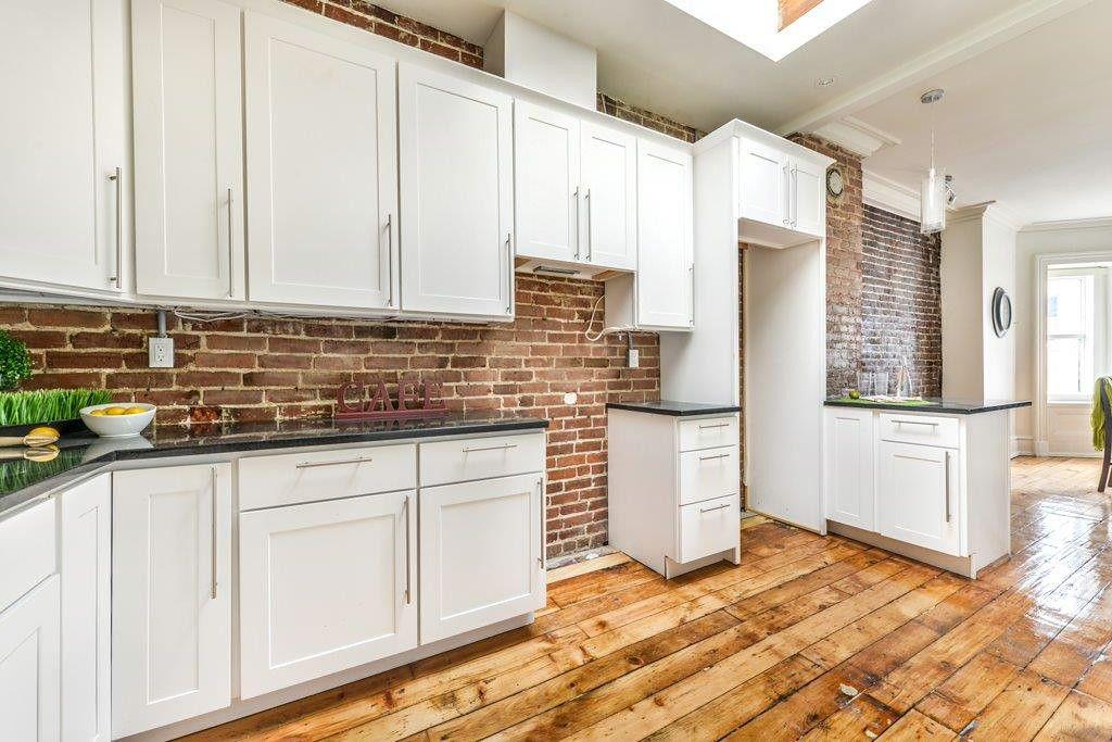 Best Dartmouth Cabinets In White Contemporary Kitchen Design 640 x 480
